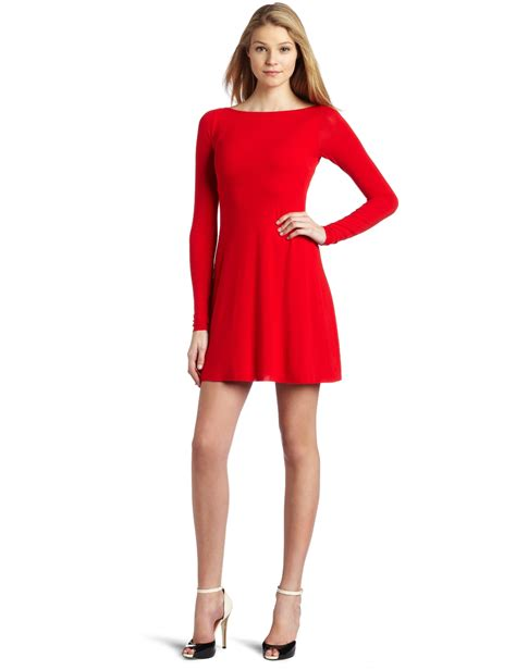 how to dress good for women i their 40s red dress for women red dress for women s women s