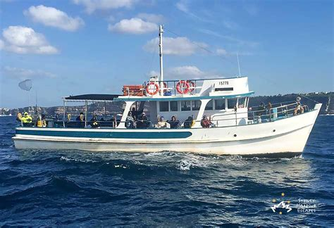 fishing boat hire rose bay mystery boat hire private fishing charter sydney harbour