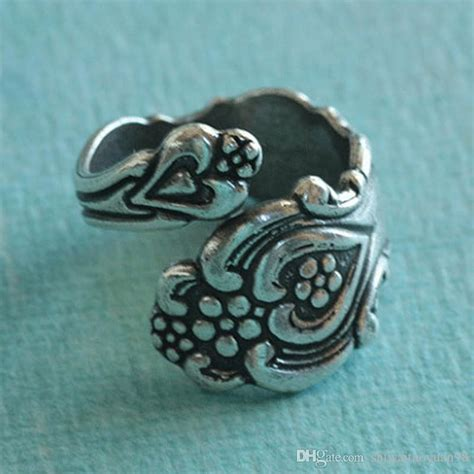 2017 new fashion top qualityvintage spoon ring spoon
