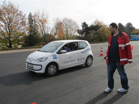 Motorrad Sicherheitstraining In Nrw by Verkehrswacht G 246 Ttingen E V Sicherheitstraining Pkw Am