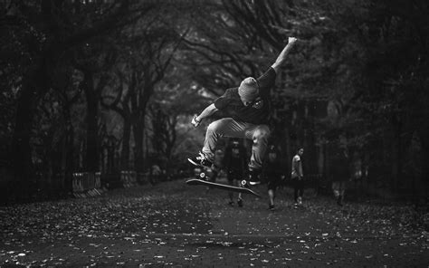 skateboard wallpaper black and white skateboard skateboarding jump stop action bw wallpaper
