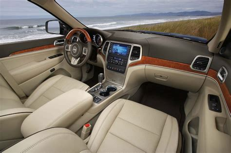 jeep grand interior jeep grand cherokee 2011 cartype