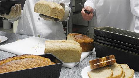 haltbare kuchen backen brot ohne kruste entwickelt loewenbrot 252 berzeugt mit