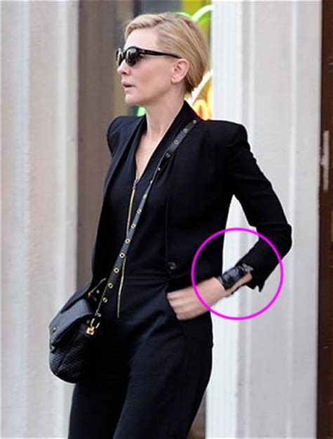 cate blanchett tattoo cate blanchett gets new wrist following oscars best