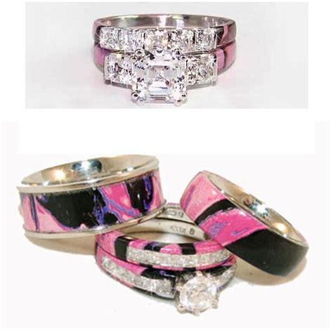 Camo Womens Wedding Rings set   Wedding Inspiration