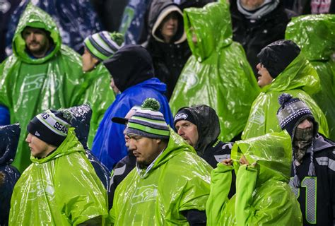 rams at seahawks photos seahawks lose to the rams at home the seattle times