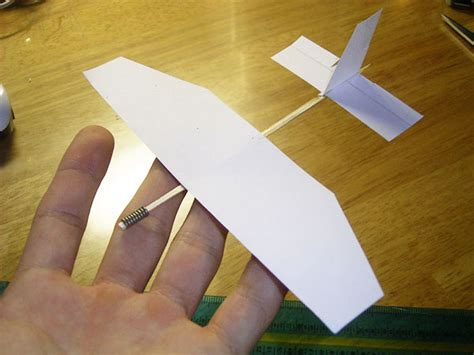 How To Make A Glider Out Of Paper - gao guangyan s projects page a circling glider decelerator