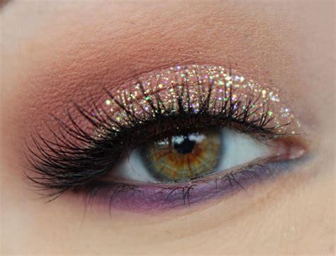 Glitter Eyeshadow new years glitter eye makeup 183 debb report