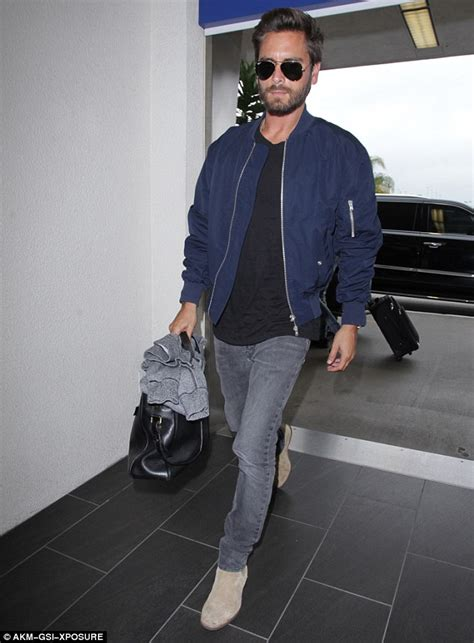 Jaket Bomber Scoot disick leaves lax wearing trendy aviators and bomber