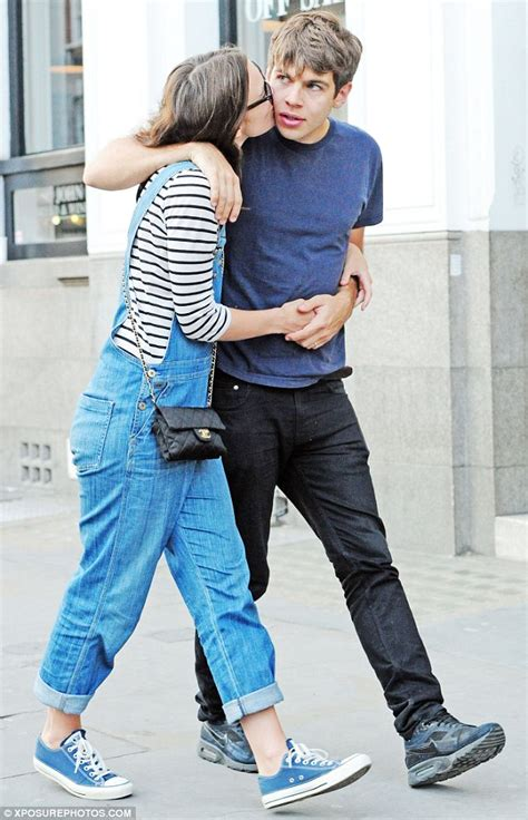 Not So Happy Keira Knightley And Boyfriend Rubert Friend by Keira Knightley Dresses In Dungarees As She Kisses