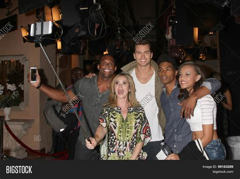 the bold and beautiful fan event los angeles aug 14 lawrence image photo bigstock
