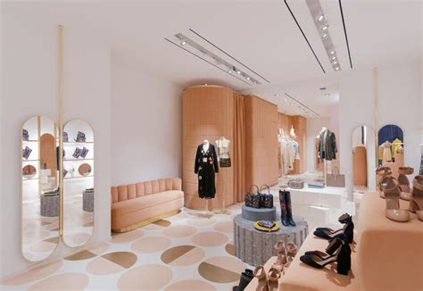 Bathroom Design Colors Red Valentino Inaugurates A Brand New Store In Rome Elle