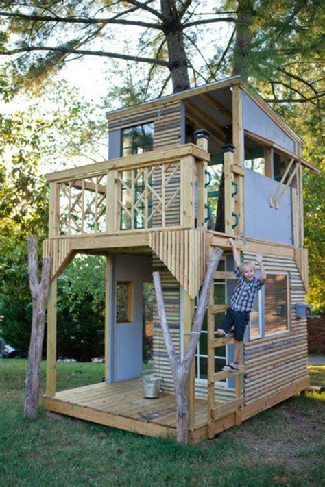 free tree house building plans modern magic building a kinder spielh 228 user im hinterhof 12 coole kastelle f 252 r