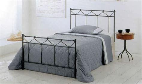 letto 1 piazza e mezzo mercatone uno letto contenitore una piazza e mezza mercatone uno