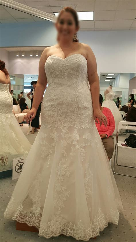 Wedding Dresses Size 12 by Size 12 18 Brides I Want To See Your Wedding Dress