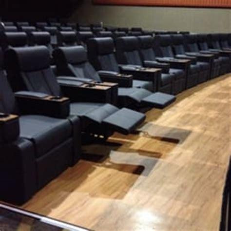 Regal Cinemas Reclining Seats by Regal Cinemas Santa 9 Cinema Santa Ca