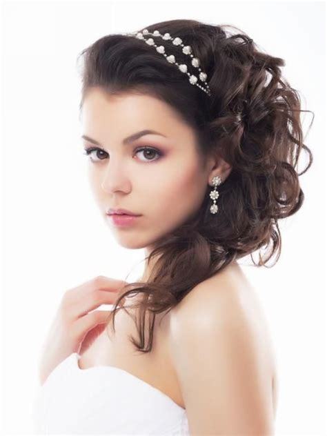 Wedding Hairstyles Side Ponytail by Side Ponytail Curls Wedding Hairstyle Hair Make Up