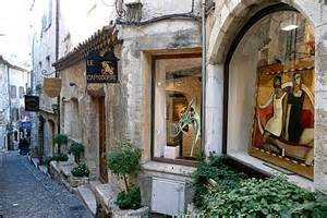 Flower Window Boxes - st paul de vence guide france with pictures and compact tourist information on this cute