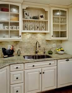 ivory kitchen cabinets 1000 ideas about ivory kitchen cabinets on pinterest
