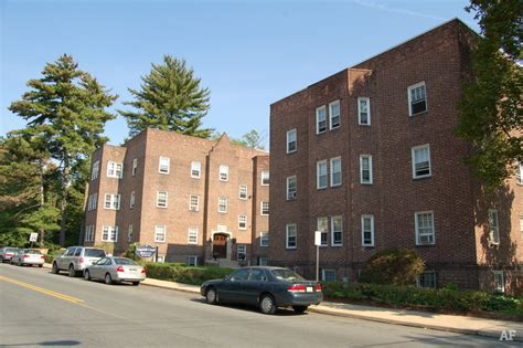 Oakwood Apartments Lancaster Pa Edgehill Court Apartments Bala Cynwyd Pa Apartment Finder