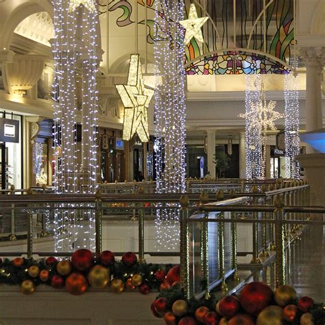 how to decorate indoor column for xmas led led light columns and decorated garlands at canal walk 2014 171 tmcc