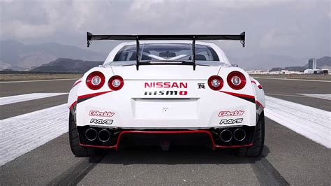 nissan drift a 1380 hp rwd nissan gt r drift at 189 mph auto