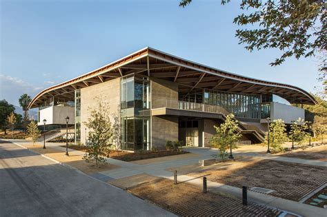 arts building review compelling for gray at pomona college s