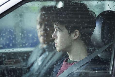 Kacamata Fylnn Black Mirror black mirror shut up and episode 3 netflix review