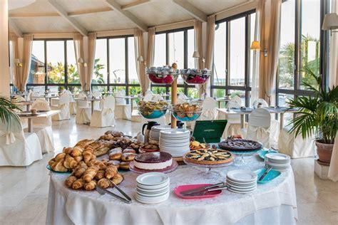 riviera dei fiori san lorenzo hotel san lorenzo al mare colazione vista mare hotel