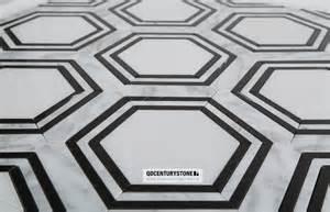 Non slip bathroom floor tiles design