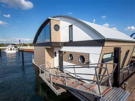 haus mieten neustadt ostsee ferienhaus floating house der luxusklasse ostsee