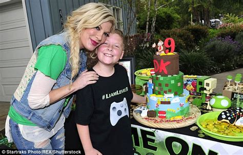 game themed events tori spelling throws video game themed party for her son