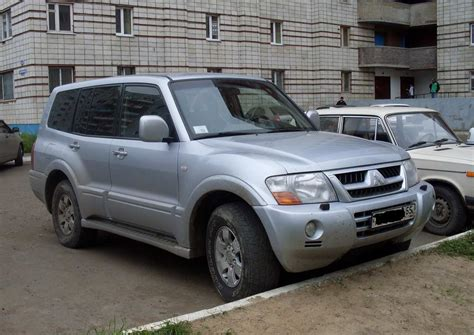 how it works cars 2004 mitsubishi pajero transmission control 2004 mitsubishi pajero pics 3 2 diesel manual for sale