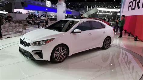 2019 kia new cars