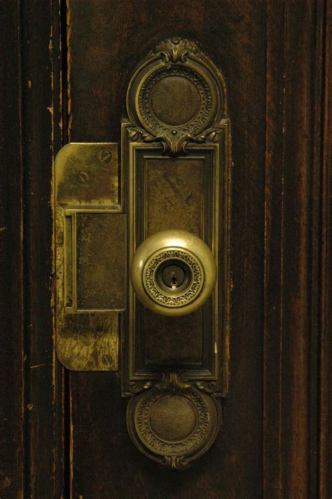 door knob in court house curious1st