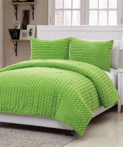 rose fur comforter set best 25 fur comforter ideas on pinterest luxury bed