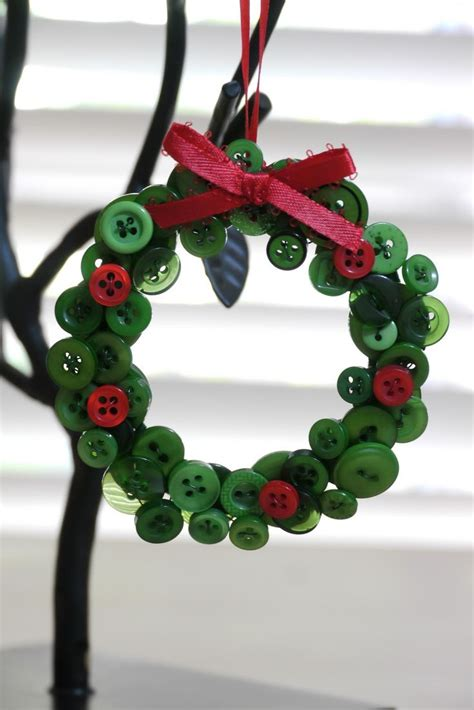 17 best ideas about button wreath on pinterest christmas