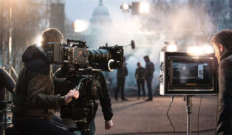 Film Making It | career in film making courses colleges jobs salary