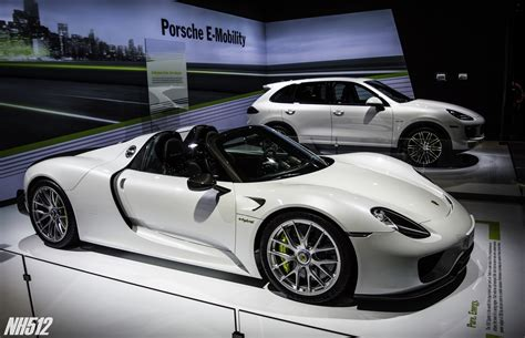 porsche spyder 918 porsche 918 spyder 2017 hd wallpapers