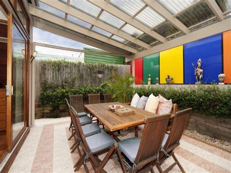 indoor outdoor outdoor living design with verandah walled outdoor living design with verandah hedging using