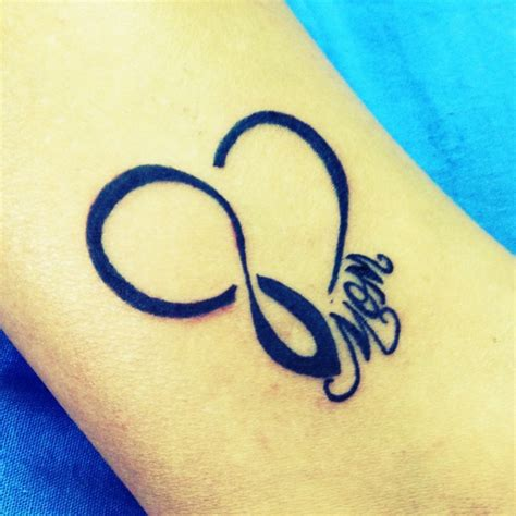 tattoo infinity mom heart infinity ankle tattoo for my mom she has the same