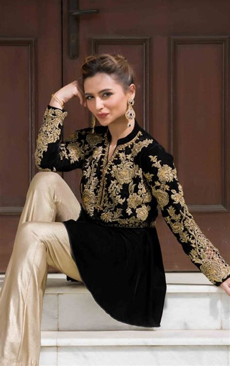 Simple Elegant Wedding Dress Designers
