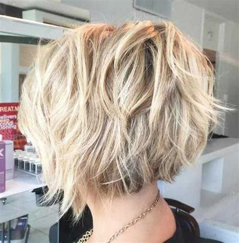 difference between a layerwd bob and a shag 25 best ideas about short bob haircuts on pinterest