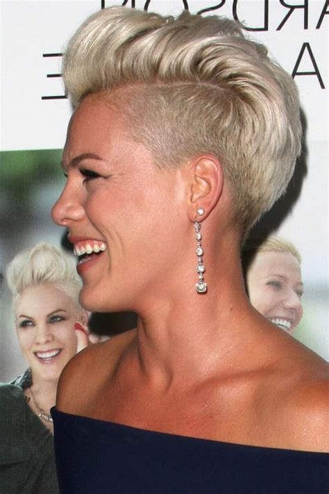 Undercut Frauen Frisuren   so stylen Sie den Undercut