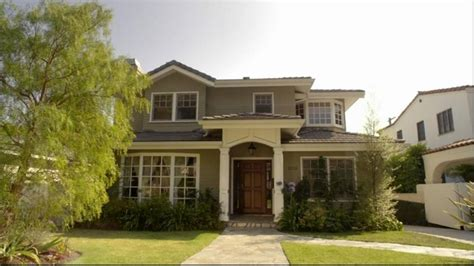 modern family house claire and phil s house from quot modern family quot iamnotastalker
