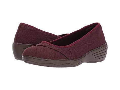 Skechers Smooch by Skechers Fressia At 6pm