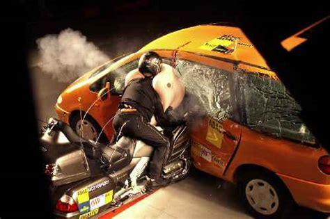 Motorrad Airbag Test by Crashtest Verscheucht Zweifel Am Motorrad Airbag