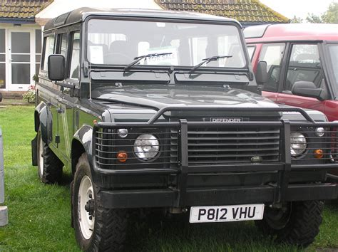 defender land rover 1997 1997 land rover defender overview cargurus