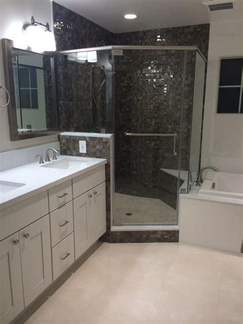 porcelanosa marfil 18x18 floor tiles in master bathroom
