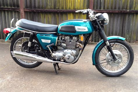 1969 triumph trident t150 triumph motorbikes triumph motorbikes and classic bikes